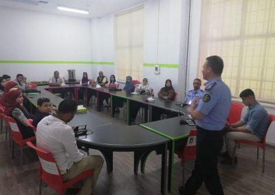 حضور دورة اصدقاء الشرطة شهر 7 / 2018